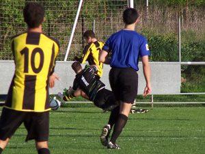 Xabi, superado por Sarriegi en el 1-2